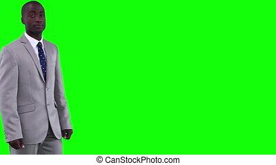 zakenman, wandelingen, in, voor, kijken naar van het fototoestel