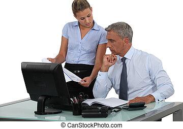 zakenman, zijn, assistent