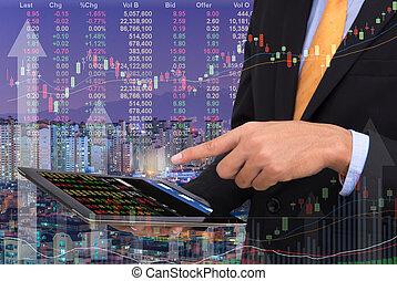 zakenmens , handel, concept, gebruik, de, tablet, met, financiële grafiek, op, cityscape, achtergrond, dubbele blootstelling, stijl