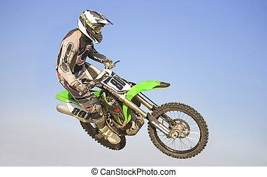 zakrnět, motocross