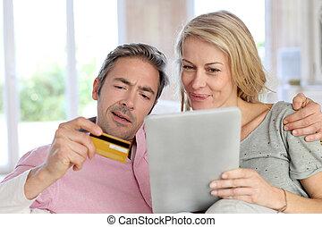 zakupy, posiedzenie, sofa, para, online, dom
