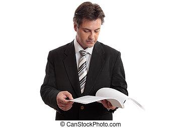 zameldować, biznesmen, czytanie, albo, dokument