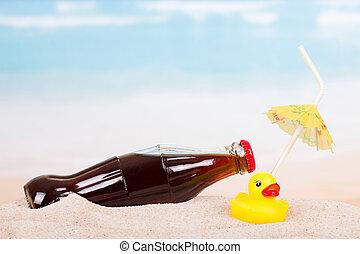 zand, theseashore., fles, cokes, speelbal, kinderen