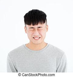 zangado, asiático, jovem, casual, homem, retrato