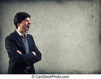 zangado, homem, gritando