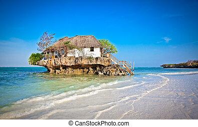 zanzibar, tanzania., restaurante, encima, mar, roca