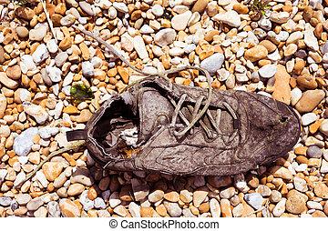 zapatilla, viejo, encaje, descomposición, arriba, zapato