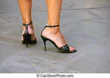 zapatos de taco alto, piernas, hembra