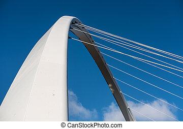 zatkać się, od, gateshead, millennium most, niejaki, pieszy, i, rowerzysta, nachylenie, most, napinający, przedimek określony przed rzeczownikami, rzeka, tyne, w, newcastle, england.