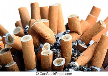 zatkać się, papierosy