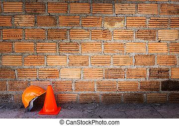 zbudowanie, hełm, bezpieczeństwo, i, stożek, w, umieszczenie zbudowania, z, cegły