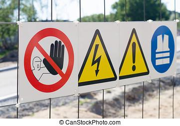 zbudowanie, ostrzeżenie, umiejscawiać, płot, znaki