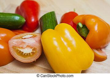 zdravý, a, organický food, concepts., druh, o, čerstvá zelenina, ustanovit, dále, dřevěný, deska, do, bulk.