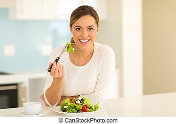 zdrowa kobieta, jedzenie, młody, sałata