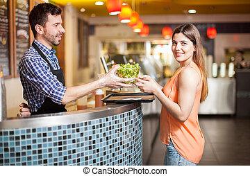 zdrowy, jakiś, hispanic jadło, ładna dziewczyna, kupno