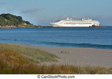 zealand, entra, tauronga, crucero, nuevo, barco, puerto
