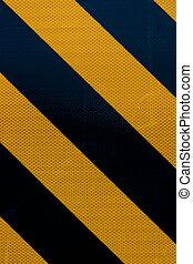 zebrato, segno giallo, avvertimento, sfondo nero