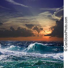 zee, in, ondergaande zon