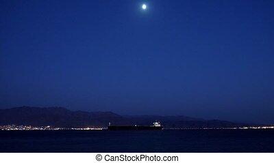 zee oever, met, de, scheeps , en, de maan