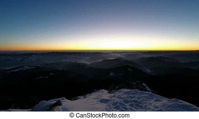 Zeit-Versehen, Oberseite,  Winter, Sonnenaufgang
