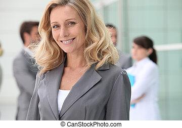 zeker, middelbare leeftijd , businesswoman