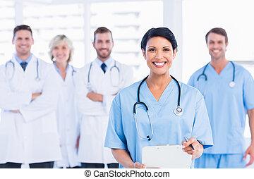 zeker, vrolijke , groep, van, artsen, op, medisch kantoor