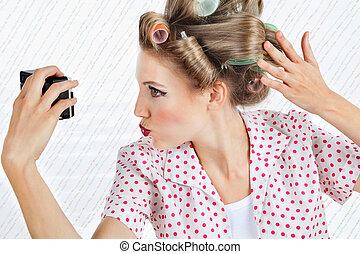 zelf, vrouw, zichzelf, het fotograferen