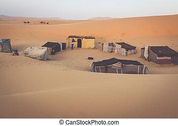 zelt, lager, für, touristen, in, düne, von, erg, chebbi, an, dämmern, marokko