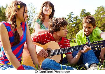 zenés, szórakozás