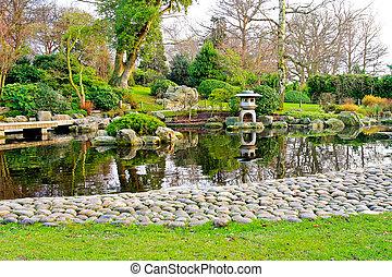 D coration zen jardin jardin zen ciment d coration - Lanterne zen jardin ...