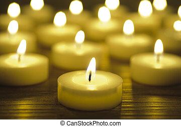 zen meditation witk candle lights