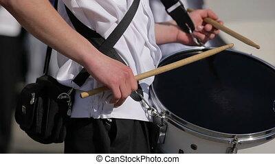 zenekar, út