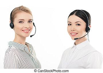zentrieren, kopfhörer, operatoren, freigestellt, rufen, porträt, lächeln, weißes