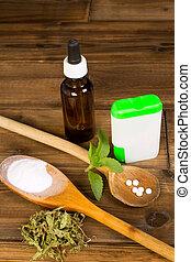 Zero-calorie sweetener stevia as tabs, dried, liquid and powder