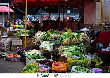Zhongyi Market Shichang, in Lijiang Old town, traditional chinese market, Yunnan, CHINA