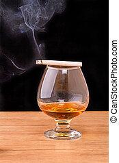 zigarette, weinbrandt, qualmende , glas