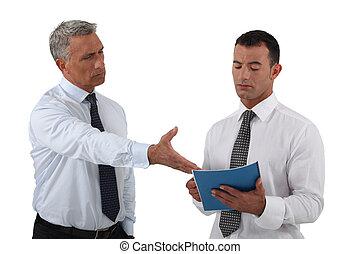 zijn, boos, baas, misnoegen, werknemer, het tonen