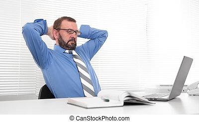zijn, kantoor, zakelijk, draagbare computer, gebruik, man