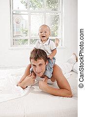 zijn, oud, maand, vader, jonge, bed, zoon, negen, thuis