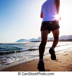 zijn, rennende , ondergaande zon , zanderig, man