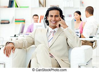 zijn, zittende , directeur, team, voorkant, charismatic