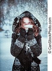 zima, dziewczyna