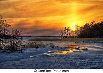 zima, zachód słońca, odbicia, z, mrożony, morze