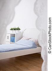 Zimmer, Bett