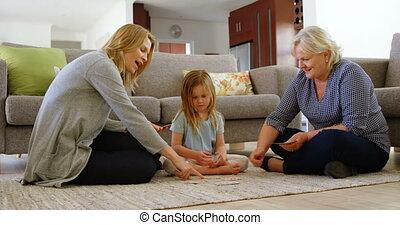 zimmer, multi-generation, kartenspielen, familie,...