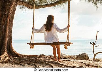 zittende , bomen, palm, schommel, meisje, strand