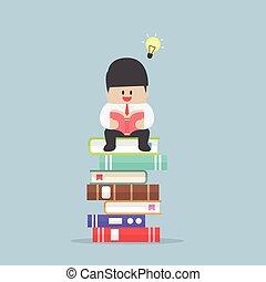 zittende , lezen, informatietechnologie, boek, zakenman, stapel