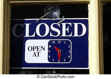 znak, zamknięty