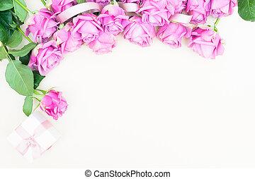 znejmilejší den, fialový, růže