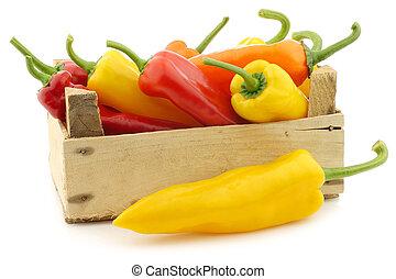 zoete peperen, sinaasappel, gele, rood